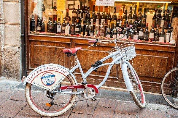 Food Tasting Bike Tour Bologna