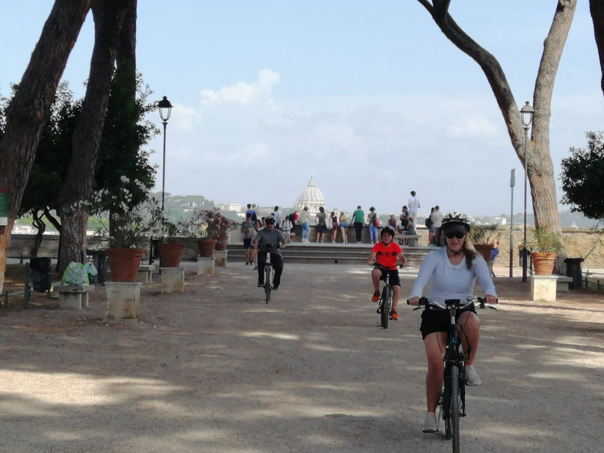 ROME: Villa Borghese Family Tour # 3-hours e-Bike Tour
