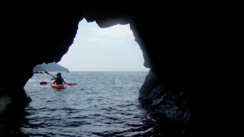carnassa cinque terre kayak tour picture 2