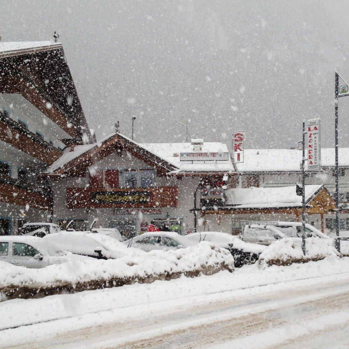 Noleggio sci La Zondra di Bernard Giorgio